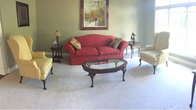 Living room set in Naperville, Illinois
