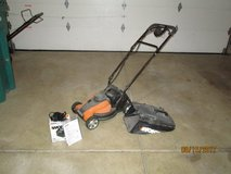 Cordless Electric grass cutter lawn mower by Worx in Glendale Heights, Illinois