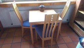 Kitchen table 1x1m, extendable by 2x20 cm (optional with 3 chairs) in Stuttgart, GE