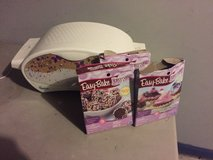 easy bake oven and accessories in Fort Campbell, Kentucky