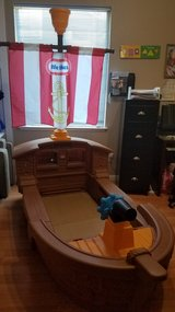 Pirate ship toddler bed no mattress in Vacaville, California