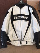 Icon motorcycle jacket 2xl in Lakenheath, UK