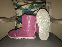 UGG boots girls in Pleasant View, Tennessee