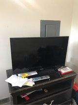 32 inch Samsung flat screen tv in Clarksville, Tennessee