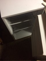 refrigerator mini in Fort Campbell, Kentucky