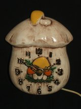 Vintage Ceramic Art Pottery Yellow & Orange Mushroom Electric Wall Clock in Glendale Heights, Illinois
