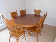 Kitchen Table with 6 chairs in Hinesville, Georgia