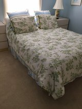 mica bedroom suite, custom made, queen size platform bed with queen size mattress, 3-piece wall ... in Toms River, New Jersey