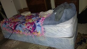 Twin size bed mattress and box spring in Lockport, Illinois