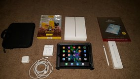 Apple IPad Pro 9.7 128gb Space Grey Cellular with Extras! in Oceanside, California