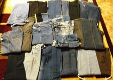 30 pairs of women's jeans. in Alamogordo, New Mexico