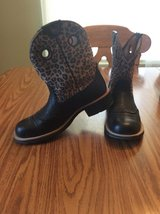 Ariat ladies boots.  Call or text please in Alamogordo, New Mexico