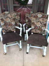 Set of 4 Adorable Dining Chairs in Elizabethtown, Kentucky