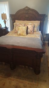 Full bedroom suit in Dothan, Alabama