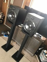 pioneer sdj08 powered speakers with sands. in Tinley Park, Illinois