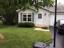 2 bedroom duplex in Sugar Grove, Illinois