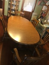 oak 2 pedestal table with chairs & 2 leaves in Morris, Illinois