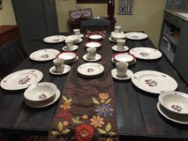 Tienshan dinner ware  setting for 6 in Conroe, Texas