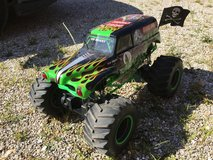 1/8 scale grave digger remote controlled truck in Fort Leonard Wood, Missouri