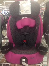 booster car seat in Fort Hood, Texas