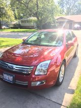 Ford Fusion SEL AWD Low Miles! in St. Charles, Illinois