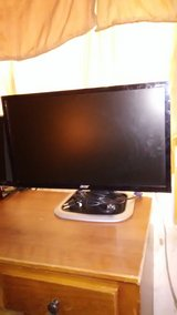 "24"" Flat Panel Monitor in 29 Palms, California"