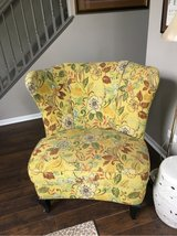 Crate&barrel chair in Glendale Heights, Illinois