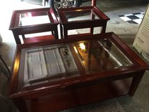 Coffee and end tables in Clarksville, Tennessee