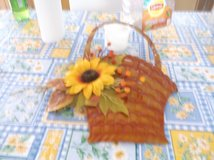 METAL SUNFLOWER BASKET in Alamogordo, New Mexico