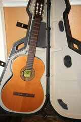 La Patrie Collection Classical Guitar and TRIC Case - REDUCED in Kingwood, Texas