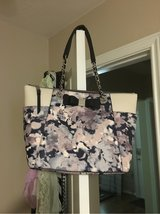 Never used beautiful purse in Tomball, Texas