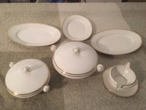 Fine Porcelain Dinnerware set / Plates,  White and Gold in Ramstein, Germany
