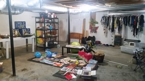 Moving sale. EVERYTHING MUST GO! in Fort Campbell, Kentucky