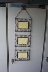 METAL HANGING PICTURE FRAMES in Sugar Grove, Illinois