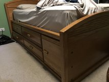 Captains bed in Sugar Grove, Illinois