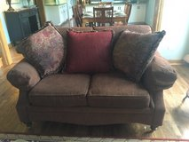 couch and loveseat in Tinley Park, Illinois
