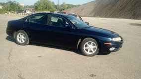 2002 olds Aurora... Cheap dependable Ride!! in Fort Campbell, Kentucky