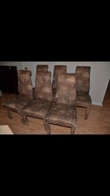 Set of 6 chairs in CyFair, Texas
