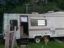 5th trailer needs tlc in Cleveland, Texas