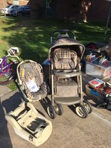 stroller , car seat with 2 bases in Kingwood, Texas