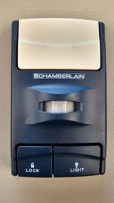 CHAMBERLAIN MOTION SENSING WALL REMOTE in Yorkville, Illinois