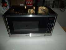For Sale: New Kenmore 73779 0.9 cu ft Counter top Microwave Oven Black. in Naperville, Illinois