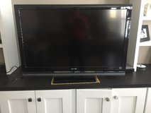 "46"" Sony TV flat screen in Naperville, Illinois"