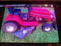 MTD riding mower 38in in Perry, Georgia