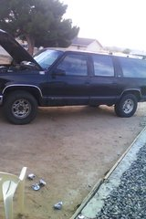 93 suburban with 454 in Yucca Valley, California