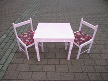 pink table + 2 lovely chairs in Ramstein, Germany