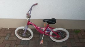 Girl's bike in Baumholder, GE