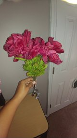 FREE faux Flowers in Cary, North Carolina