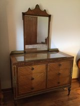 vintage twin bed set in Chicago, Illinois