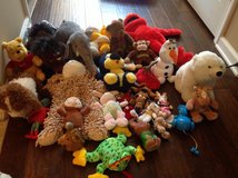 30 Soft toys lot in Fort Campbell, Kentucky